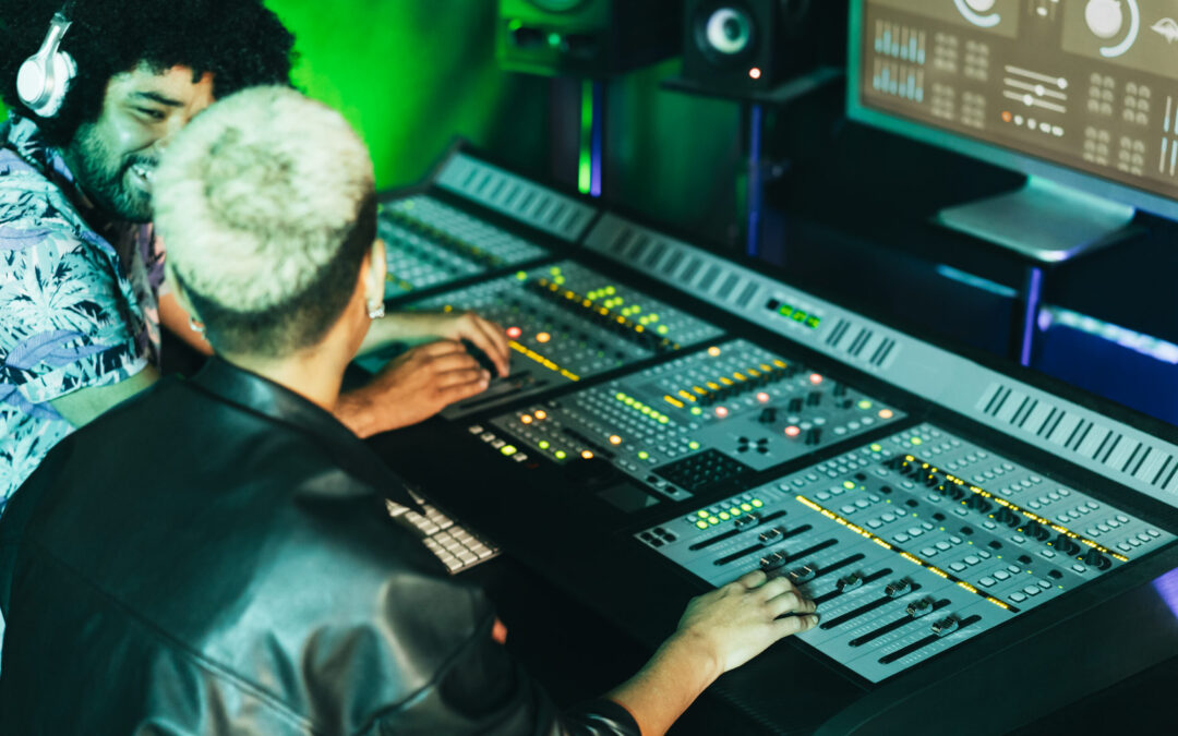 Royalty Free Samples: A Peculiar Problem of Producing Music